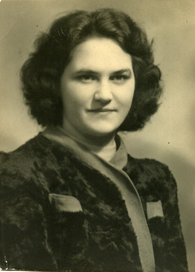 Barbara Joan Hurcombe