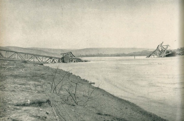 Ludendorff Bridge after collapse
