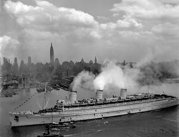 RMS Queen Mary, New York, June 1945