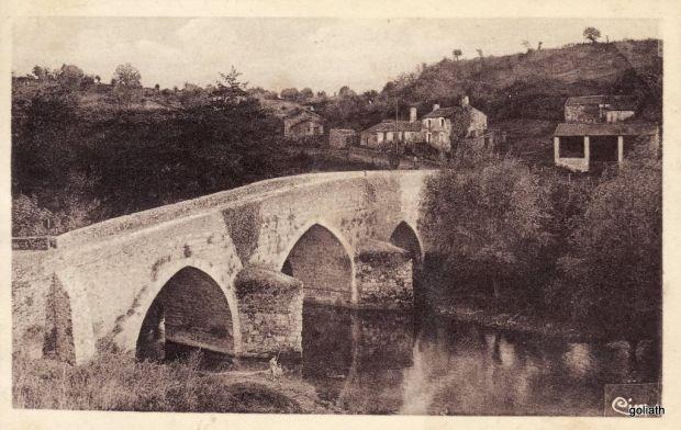 L'antique Pont-Neuf,  Argenton-Château